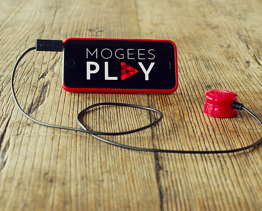 Mooges device